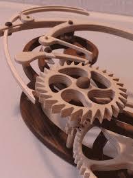 wooden gear clock easy diy woodworking projects step by step how