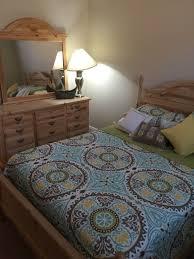 Naples Bedroom Furniture by Used Queen Bedroom Set Furniture In Naples Fl Offerup