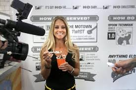 What House Does Nicole Curtis Live In Hgtv Star Nicole Curtis Under Fire For Delay In Home Renovations
