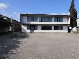 capannone in affitto a capannoni industriali siena in vendita e in affitto cerco