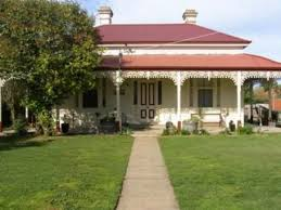 white victorian house with red roof 15 prentice street nagambie