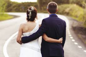 Wedding Gift On A Budget 14 Easy And Inexpensive Wedding Gift Ideas
