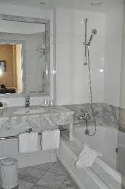 le für badezimmer badezimmer picture of hotel le lavoisier tripadvisor