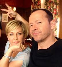 amy carlson new short haircut on blue bloods 50 photos that prove the new cbs season can t get here fast enough