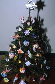 florida memory tree decorated with origami made by