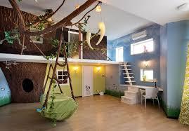 chambre jungle bébé jeux de decoration chambre bebe salle enfants graffiti disney