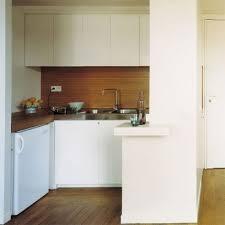 des cuisines en bois crédence de cuisine en bois pour un intérieur esprit nature