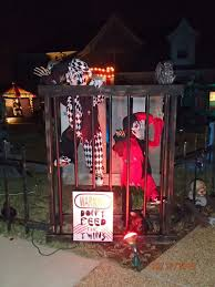 Scary Halloween Decorated Yards clown halloween decorations halloween decoration ideas homemade