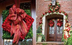 Home Decorated For Christmas by Joyful Embellishments Create A Holiday Showplace Southern Lady Mag