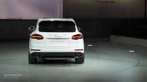 suv porsche 2015 porsche cayenne facelift 2015 new look and engines for premium
