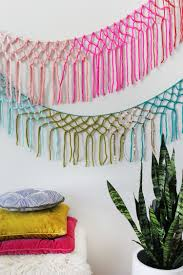 Macrame Home Decor by 25 Diy Yarn Wall Hangings