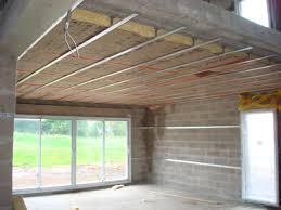 isoler un garage pour faire une chambre isolation du plafond sous