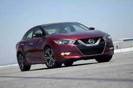 midnight nissan maxima 2016 nissan maxima sr gains sinister midnight package