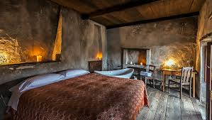 hotel rooms with fireplace in abruzzo sextantio