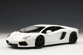 lamborghini aventador lp700 4 white autoart lamborghini aventador lp700 4 bianco canopus matt