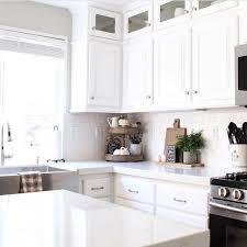white kitchen white backsplash 151 best white kitchens images on white kitchens