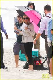 kristen bell u0027house of lies u0027 beach filming photo 2987980 don