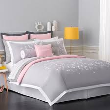 Grey White Pink Bedroom Best 25 Purple And Grey Bedding Ideas On Pinterest Purple Grey