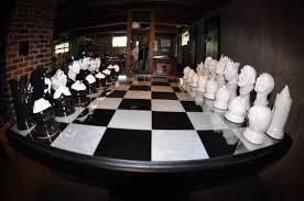 Cool Chess Sets If You Enjoy Things That Are Awesome You Must See This Chess Set