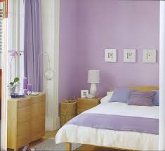 Schlafzimmer Wandfarbe Ideen Lila Wandfarbe Ruhbaz Com