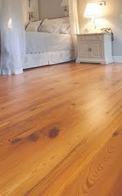 Antique Pine Laminate Flooring Best 25 Pine Flooring Ideas On Pinterest Pine Wood Flooring
