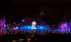 world of color season of light two shows two ways to experience world of color this holiday