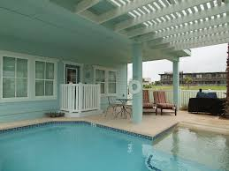 house vacation rental in port aransas sleeps up to 16 has 6