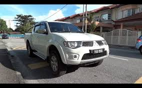 mitsubishi triton 2012 interior 2009 mitsubishi triton di d start up full vehicle tour and quick