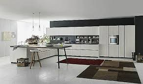 cuisine moderne italienne table italienne bois pour conception cuisine unique un mod le