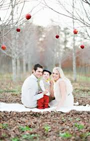 Outdoor Photoshoot Ideas by Parents And Kid Outdoor 2014 Christmas Family Photoshoot Idea