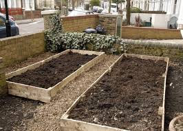 Raised Garden Beds From Pallets - how to build raised garden beds out of pallets home outdoor