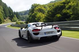 porsche 918 spyder prototype successful testing lap time 7 mins
