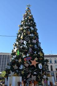 the 20 coolest christmas trees of 2012 kuriositas