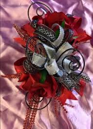 Prom Wrist Corsage Prom Flowers Kan Del U0027s Floral Candles U0026 Gifts Plainview Tx