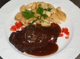cuisiner un lievre cuisse de lievre en civet ces le petit cuistot de la huit lol ces