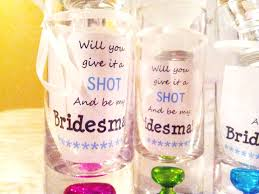 ideas for asking bridesmaids to be in your wedding diy way to ask your bridesmaids savegreenonwearingwhite