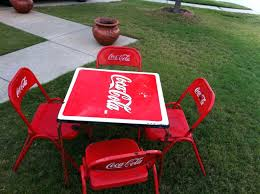 coca cola table and chairs coca cola table and chair desk dining chairs chaincuttersunion