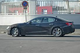 new maserati ghibli spyshots 2018 maserati ghibli facelift gets new grille 450 hp v6