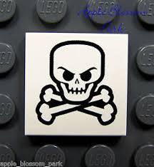 lego pirate skull crossbones white skeleton bone printed 2x2