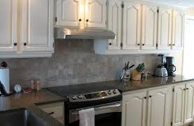 cuisine blanc cérusé repeindre une cuisine en chene inspirant peindre armoire de cuisine