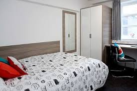 1 Bedroom Student Flat Manchester 1 Bedroom In Private Halls Flat Of All Girls U0027 Room To Rent From