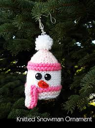 ravelry knitted snowman ornament pattern by janet s designs