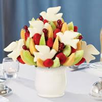 christmas fruit arrangements christmas fruit baskets gourmet gift baskets and fruit bouquets