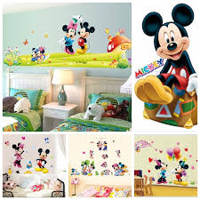 chambre mickey mouse decoration mickey chambre affordable decoration chambre adulte