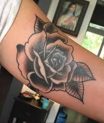 jakitatu rose inner bicep traditional traditional rose rose tattoo