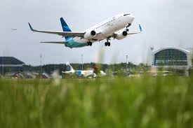airasia vs citilink indonesian airlines can fly to the u s again bloomberg
