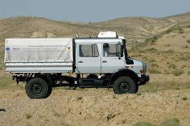 lifted mercedes van mercedes benz unimog mbhess mbtrucks neat stuff pinterest