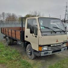 left hand drive mitsubishi canter fe331 eelea 2 6 tyres truck