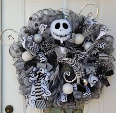 creepy wreaths for the october 31