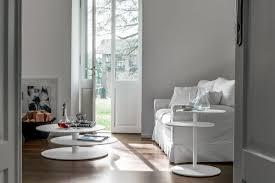 tische fã r wohnzimmer couchtische mit lift couchtische und andere tische woody